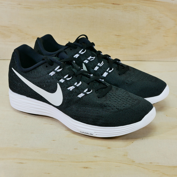 Size7.5 Athletic Shoes •new•wmns Nike Lunartempo 2